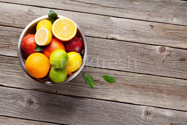 свежие цитрусовые плодов деревянный стол Top мнение Сток-фото © karandaev