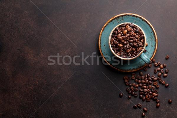 Kahve fincanı fasulye taş üst görmek Stok fotoğraf © karandaev