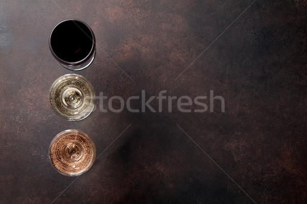 Wijnglazen steen tabel top ruimte Stockfoto © karandaev