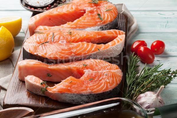 Foto stock: Salmão · peixe · temperos · cozinhar