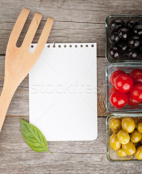 Jegyzettömb papír receptek gyümölcsök fa asztal fa Stock fotó © karandaev
