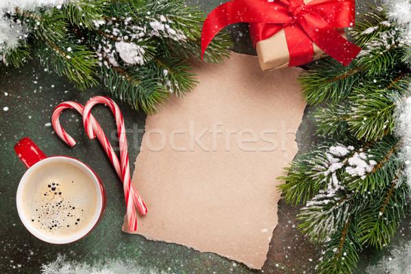 Parça kâğıt Noel hediye kutusu kar Stok fotoğraf © karandaev