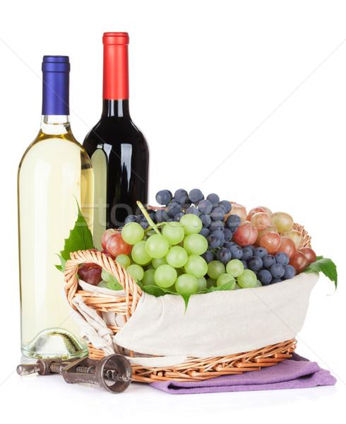 Foto d'archivio: Bianco · vino · rosso · bottiglie · uve · isolato · alimentare