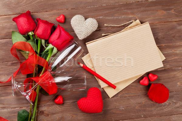 Stock fotó: Szeretet · levél · jegyzettömb · vörös · rózsák · szívek · valentin · nap