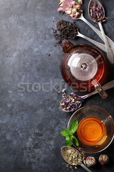 Teáscsésze teáskanna válogatás száraz tea kanalak Stock fotó © karandaev