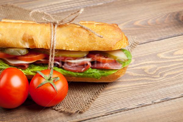 сэндвич Салат ветчиной сыра помидоров деревянный стол Сток-фото © karandaev