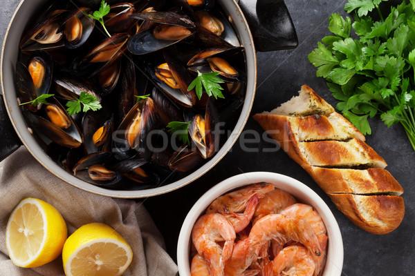 Mussels and prawns Stock photo © karandaev