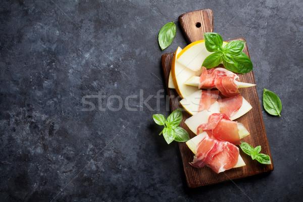 Friss dinnye prosciutto bazsalikom antipasti felső Stock fotó © karandaev