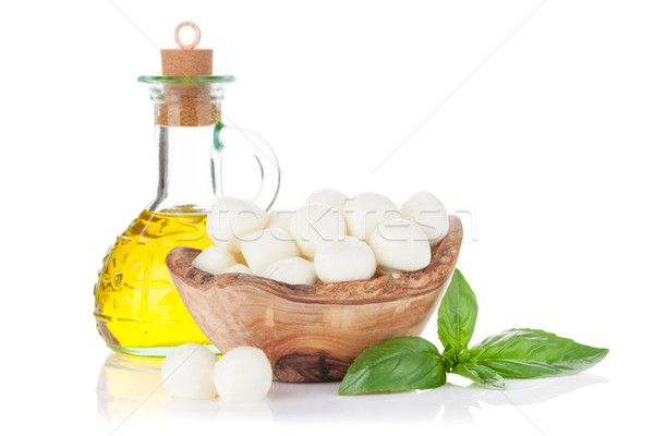 Mozzarella fromages huile d'olive basilic herbe laisse Photo stock © karandaev