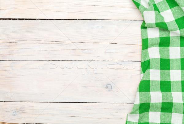 Verde asciugamano legno tavolo da cucina copia spazio Foto d'archivio © karandaev