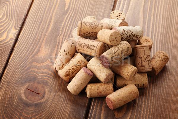 Vin tas rustique table en bois haut vue Photo stock © karandaev