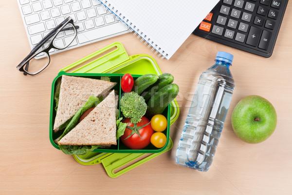 Almuerzo cuadro hortalizas sándwich Foto stock © karandaev