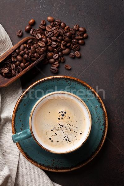 Kahve fincanı eski mutfak masası fasulye üst görmek Stok fotoğraf © karandaev