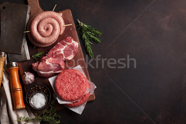 Brut viande saucisses lard haut vue Photo stock © karandaev