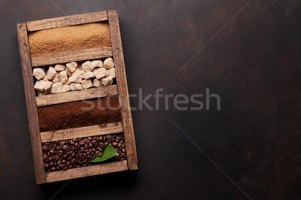 Sol café cassonade fèves bois Photo stock © karandaev