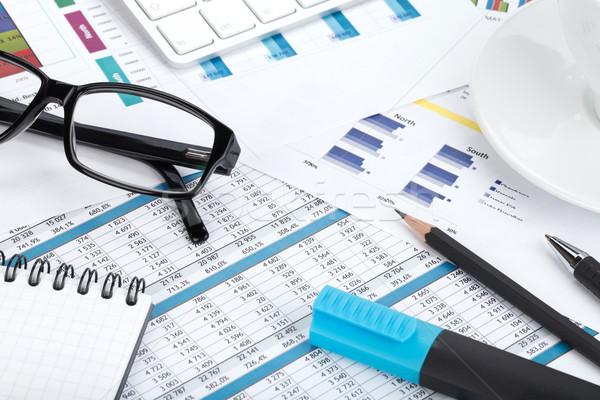 Stock fotó: Kortárs · munkahely · közelkép · pénzügyi · papírok · irodaszerek