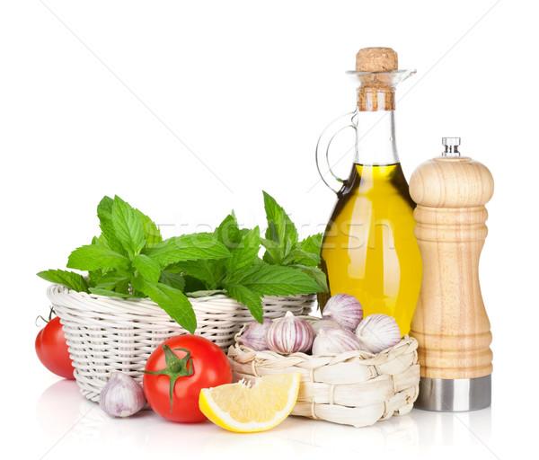 Friss gyógynövények paradicsom olívaolaj bors shaker Stock fotó © karandaev