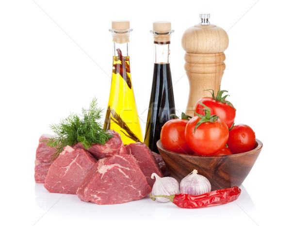 Ruw filet biefstuk specerijen geïsoleerd witte Stockfoto © karandaev