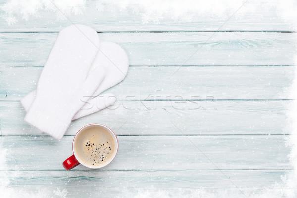 Noel kahve eldiveni ahşap masa üst görmek Stok fotoğraf © karandaev