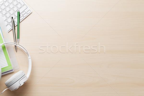 Fából készült irodai asztal számítógép készlet felső kilátás Stock fotó © karandaev