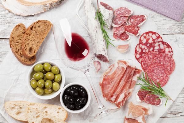 Сток-фото: салями · колбаса · прошутто · вино · ветчиной