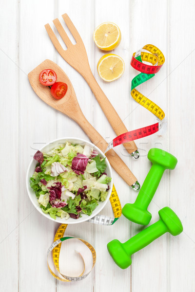 şerit metre sağlıklı gıda uygunluk sağlık ahşap masa Stok fotoğraf © karandaev