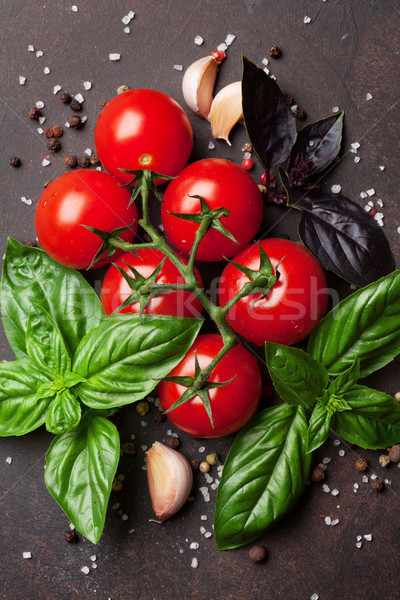 Nourriture italienne tomate basilic pierre table haut Photo stock © karandaev