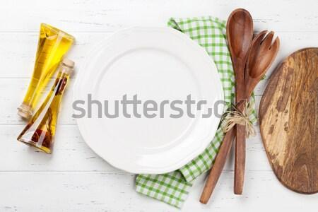 空っぽ プレート 木製のテーブル 先頭 表示 ストックフォト © karandaev