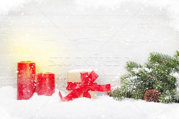 Noël coffret cadeau bougies branche couvert Photo stock © karandaev