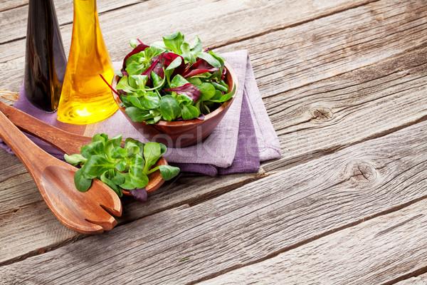 Kukorica saláta levelek fűszerek fa asztal kilátás Stock fotó © karandaev