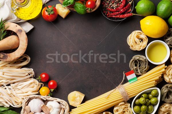 Comida italiana macarrão ingredientes pedra tabela topo Foto stock © karandaev