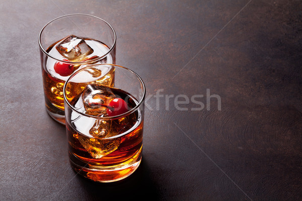 Manhattan kokteyl viski bo uzay bar Stok fotoğraf © karandaev