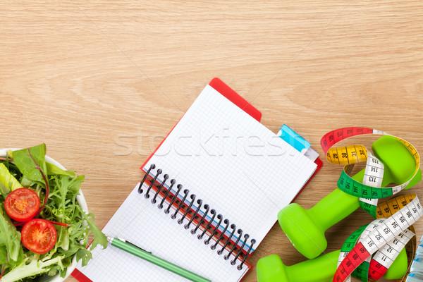 Alimentação saudável fita métrica bloco de notas cópia espaço fitness saúde Foto stock © karandaev