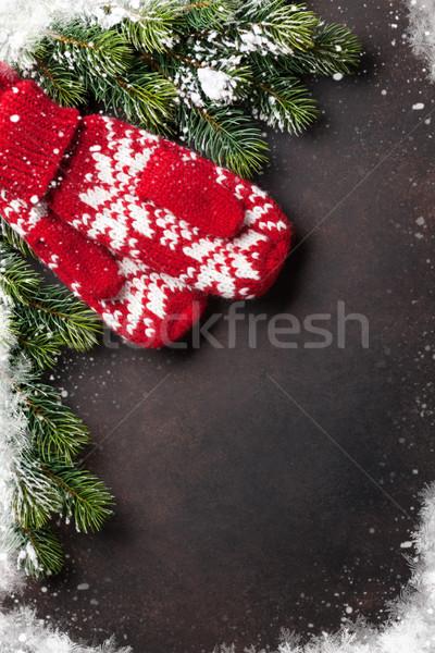Karácsony fenyőfa ujjatlan kesztyűk kő felső kilátás Stock fotó © karandaev