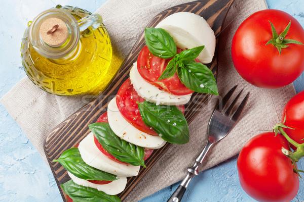 салат Капрезе моцарелла помидоров базилик сыра трава Сток-фото © karandaev