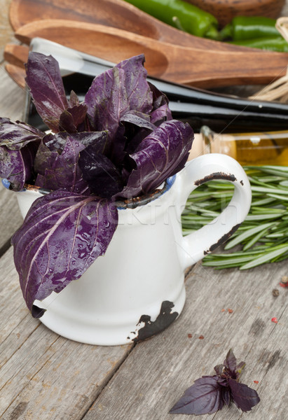 Frescos violeta albahaca condimento especias verde Foto stock © karandaev