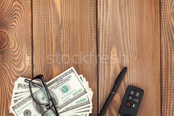 お金 眼鏡 車のキー 木製のテーブル コピースペース ストックフォト © karandaev