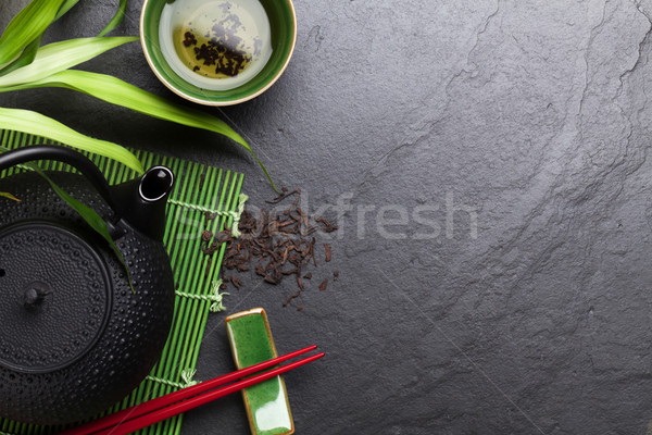 Asian thee kom theepot steen tabel Stockfoto © karandaev