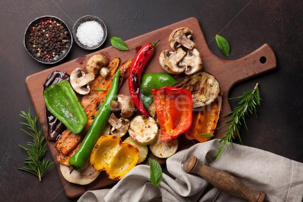 Grelhado legumes escuro pedra tabela Foto stock © karandaev