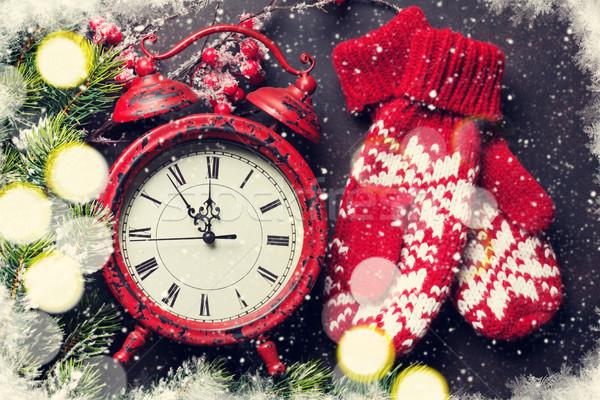 Navidad reloj mitones navidad tarjeta de felicitación nieve Foto stock © karandaev