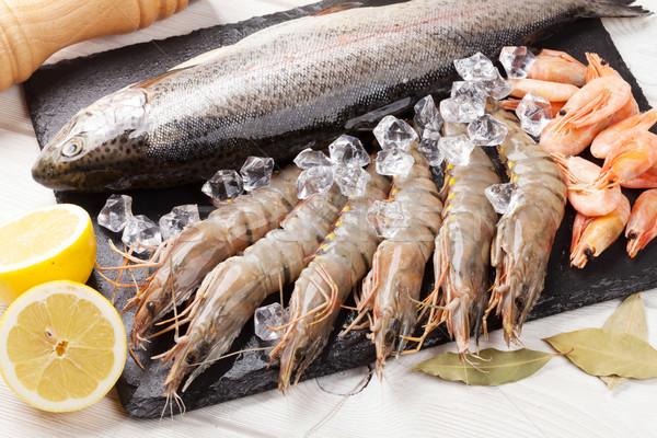 ストックフォト: 新鮮な · 生 · 海 · 食品 · スパイス · 木製のテーブル