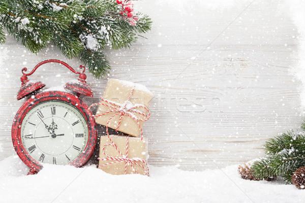 Stock fotó: Karácsony · ajándékdobozok · ébresztőóra · fenyőfa · ág · fedett