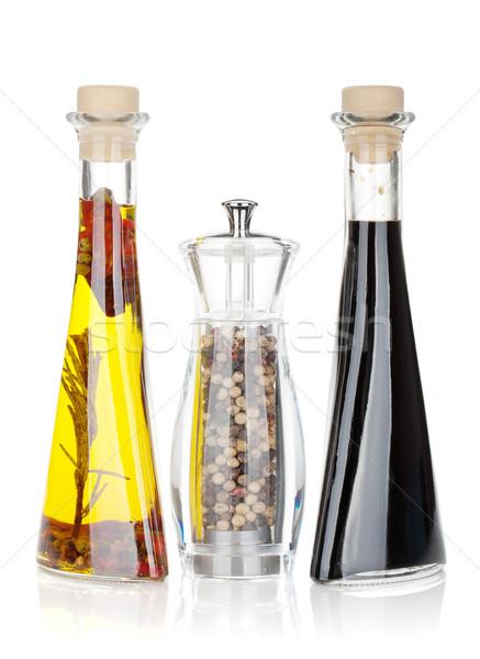 Olio d'oliva pepe shaker aceto isolato bianco Foto d'archivio © karandaev