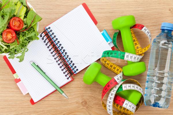 Cibo sano nastro di misura notepad copia spazio fitness salute Foto d'archivio © karandaev