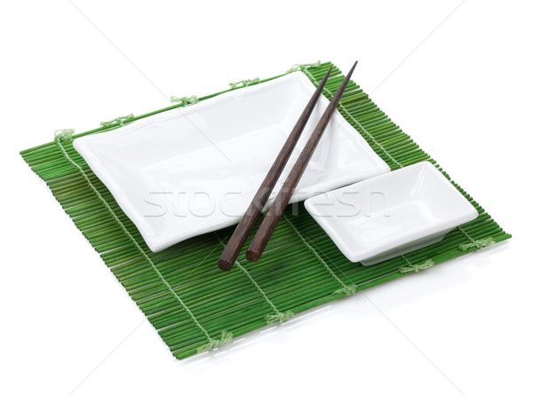 Boş plakalar Çin yemek çubukları plaka yalıtılmış beyaz Stok fotoğraf © karandaev