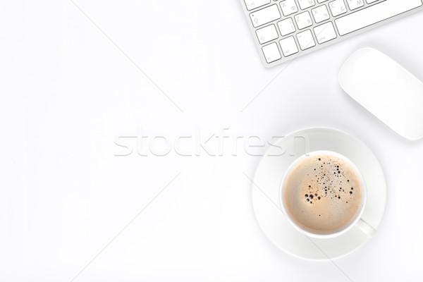 Stok fotoğraf: Tablo · bilgisayar · kahve · fincanı · üst · görmek
