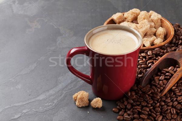 Tazza di caffè fagioli zucchero di canna pietra tavola view Foto d'archivio © karandaev