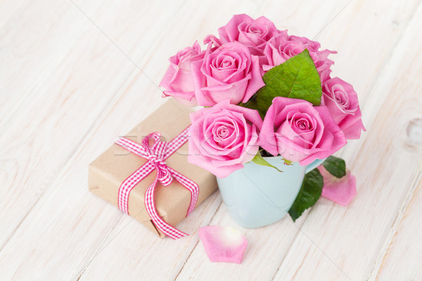Valentines day pink roses bouquet and gift box Stock photo © karandaev