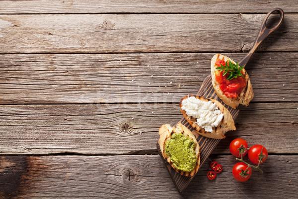 Tost sandviçler ahşap üst görmek bo Stok fotoğraf © karandaev