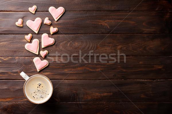 Foto stock: Día · de · san · valentín · corazón · cookies · café · tarjeta · de · felicitación · taza · de · café